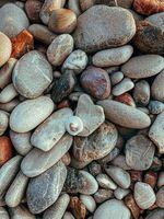 Kieselsteine yana druzhinina unsplash klein
